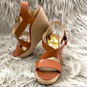 •MICHAEL KORS WEDGES•